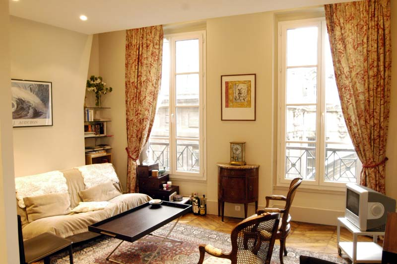 APT BLANC MANTEAUX - 4th ARRONDISSEMENT