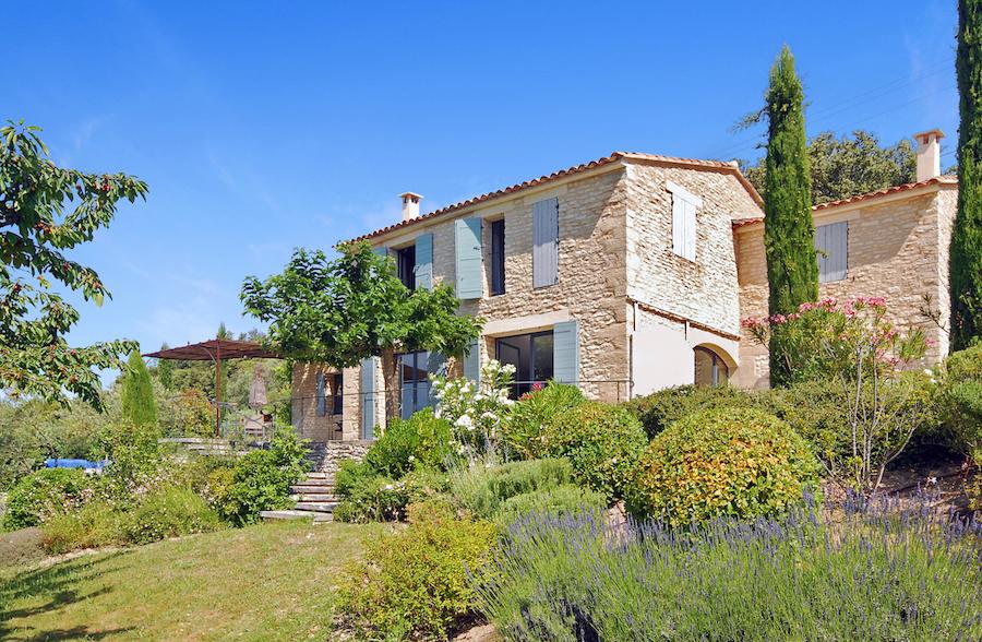 La petite maison du luberon your vacation home for 1313 la maison du cauchemar