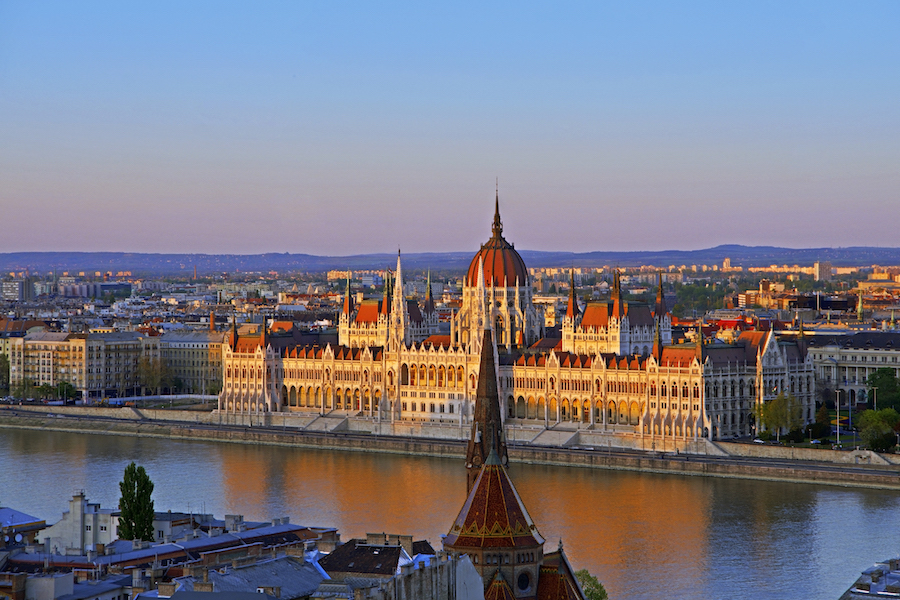 CUSTOM PACKAGE TOURS TO EASTERN EUROPE